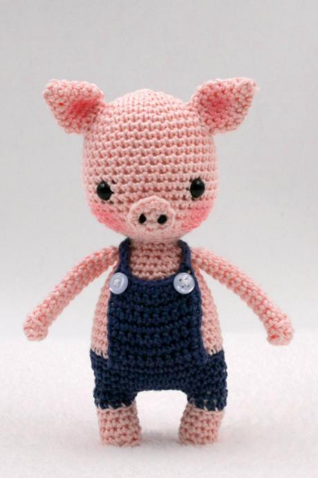 Crochet pattern: Tommy the mini pig